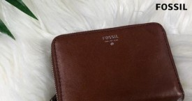 Fossil Exclusive Offer : Womens Zip Wallets Rs. 3496